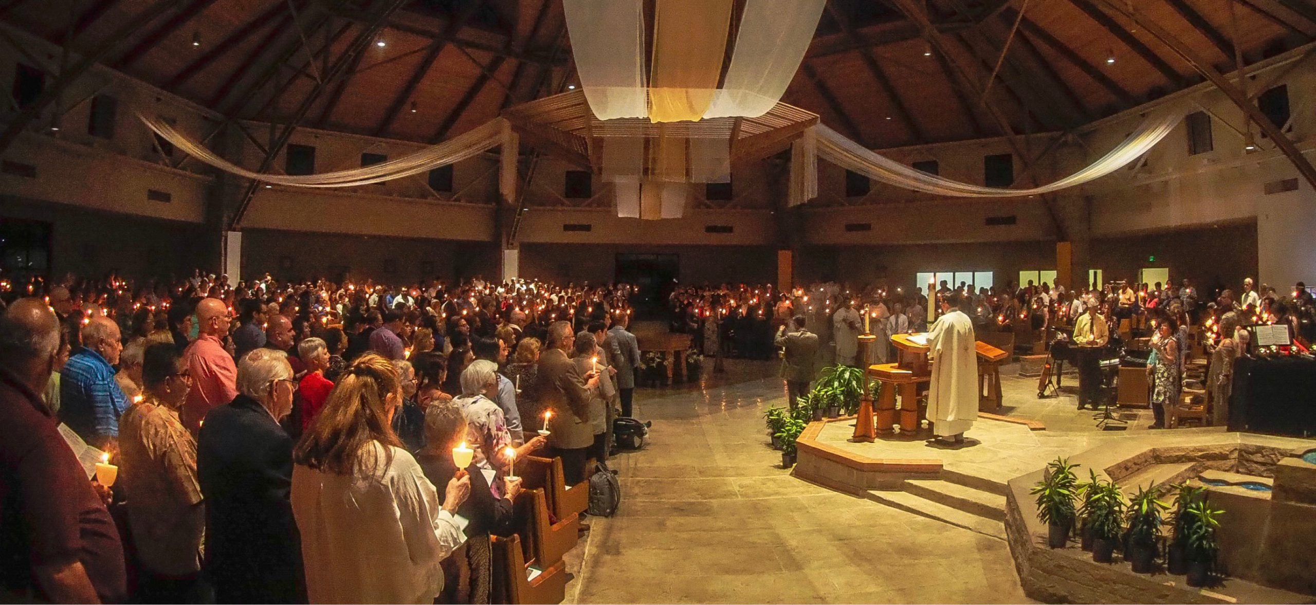 Easter-Vigil-2019-Exhultant-scaled